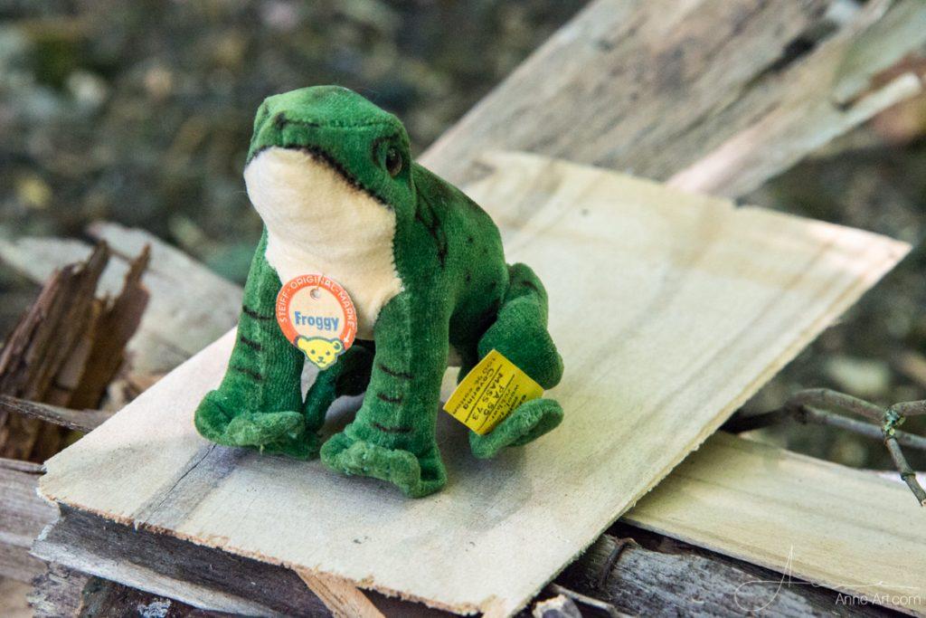 Steiff Froggy