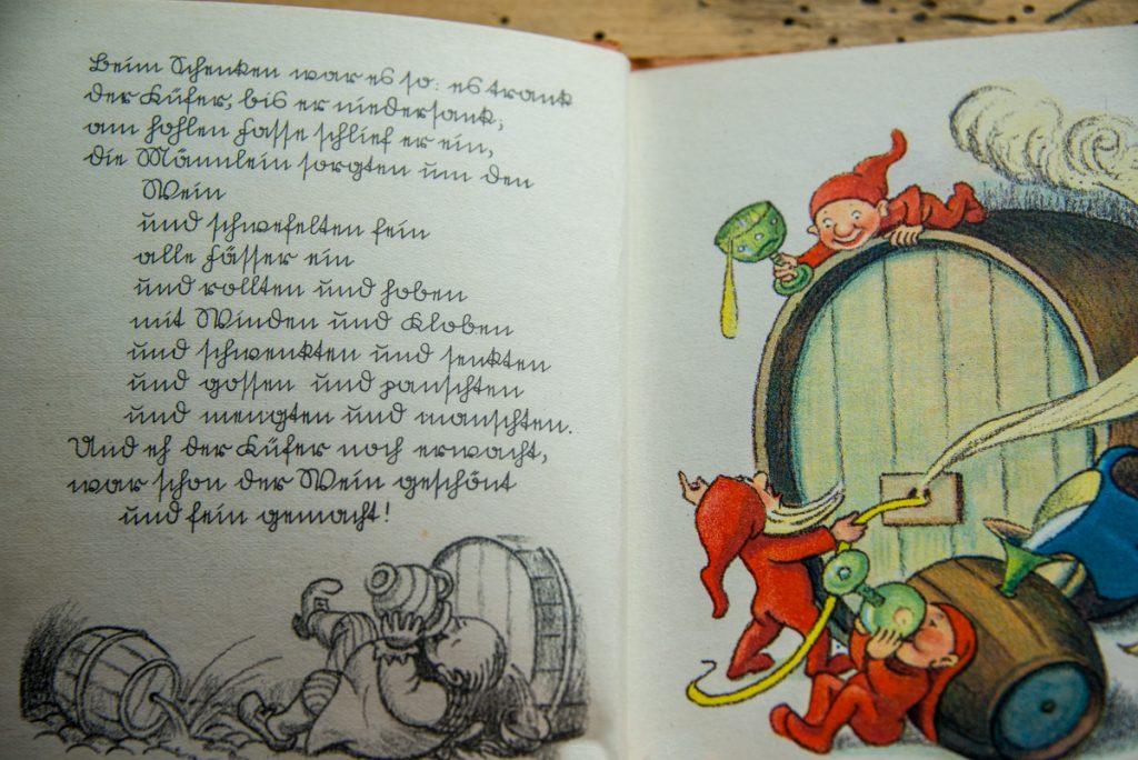 Buch in Sütterlin